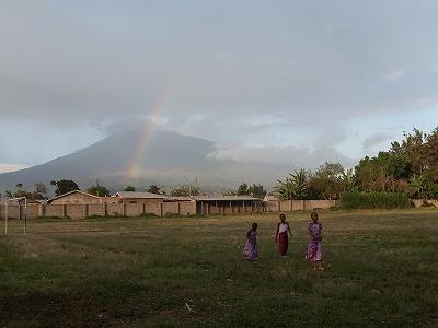 虹と子ども