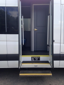 ベンツのバス 2