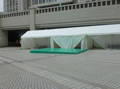 201208 第14回東京大薪能設営10