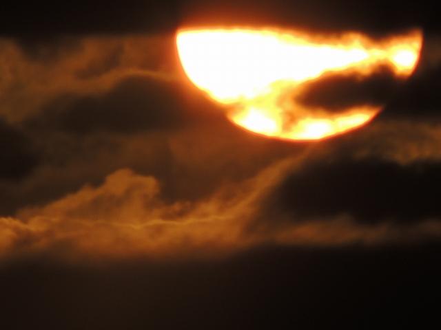 N3516夕陽