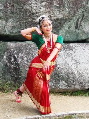 インド舞踊 インド舞踊マユリ・ユキコ 舞台