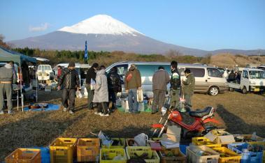 富士山Mt.Fuji御殿場フリマ