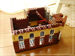 LEGOCafeCorner02.jpg