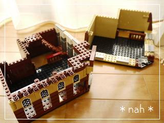LEGOCafeCorner05.jpg