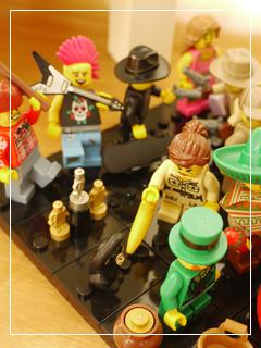 LEGOMinifigSeries00-05.jpg