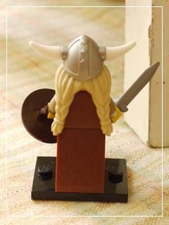 LEGOMinifigSeries07-03.jpg