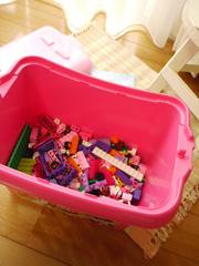 LEGOPinkBrickBox08.jpg