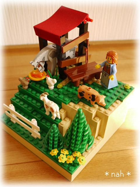 LEGOVillage08-03.jpg