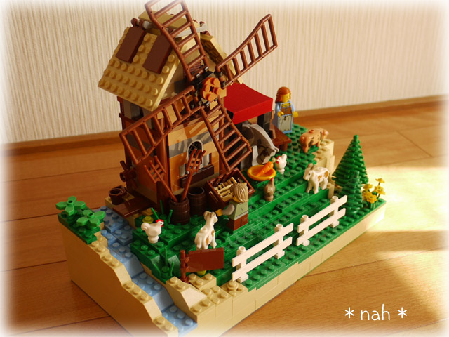 LEGOVillage08-05.jpg
