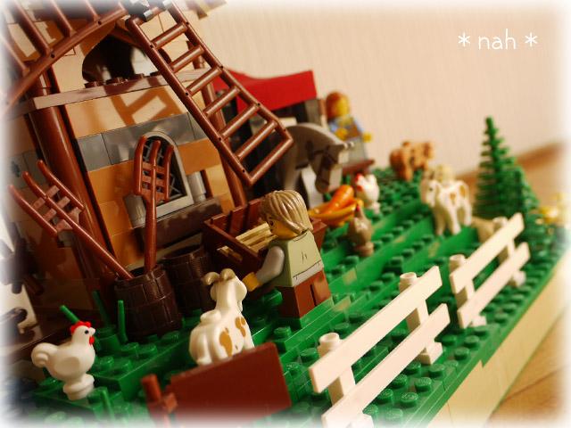 LEGOVillage08-07.jpg
