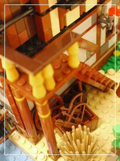 LEGOVillageExtra15.jpg