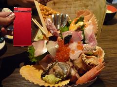南区清水の炭火焼 海輪亭で超ド級海鮮丼ランチ!
