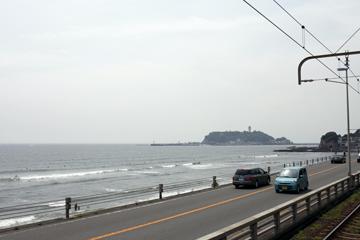 駅からみた江ノ島