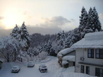 朝の景色 大平山荘から