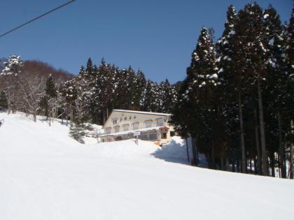 ハイパーボウル東鉢スキー場にて