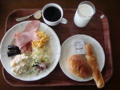 銀嶺会朝食にて