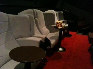 豊洲映画館1