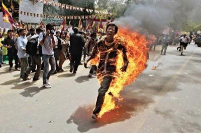 チベットの焼身自殺