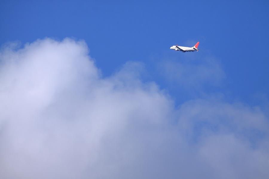 J-AIR ERJ-170 / JAL2153 (JA214J)@下河原緑地展望デッキ