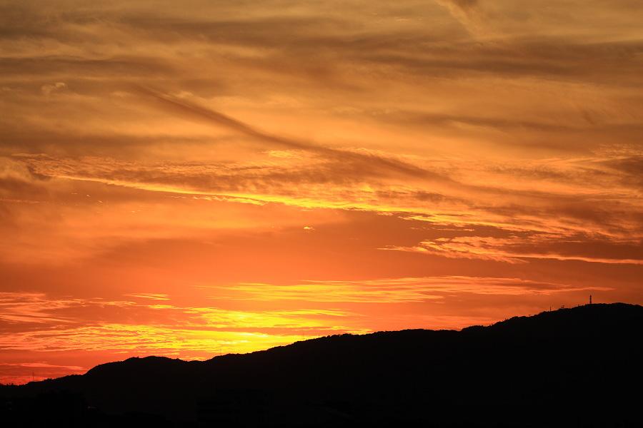 今日の日没直後の夕空@エアフロントオアシス下河原沿道