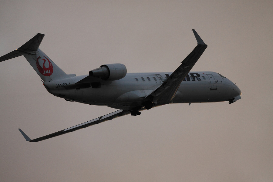 J-AIR CRJ-200ER / JAL2179 (JA208J)@下河原緑地展望デッキ