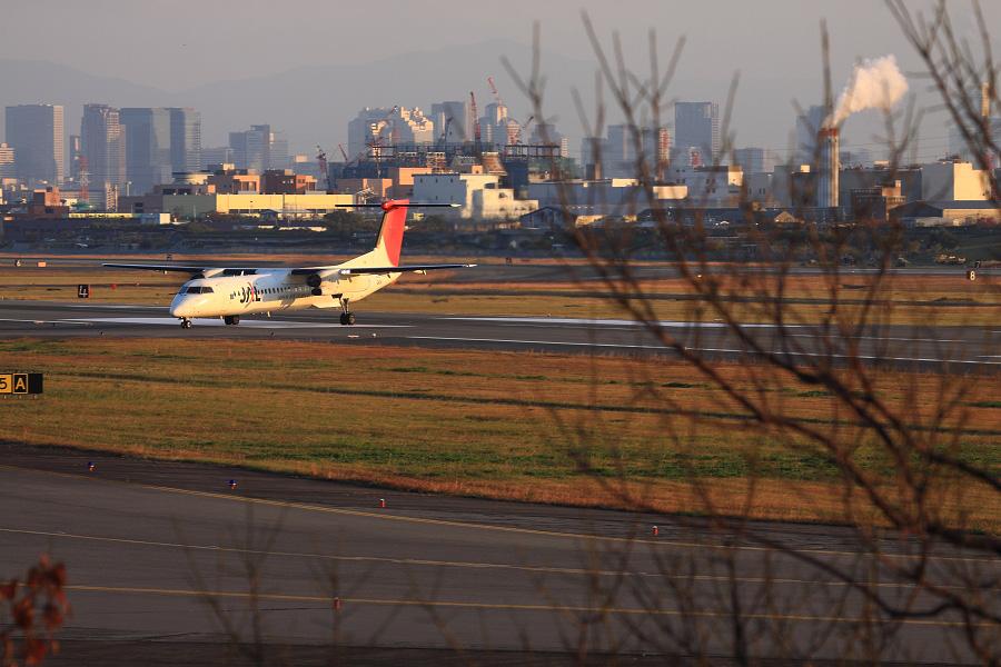 JAC DHC-8-402Q / JAC2450 (JA841C)@エアフロントオアシス下河原
