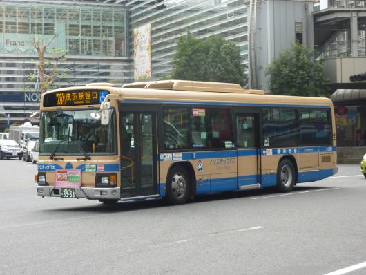 横浜市営バス8-3958