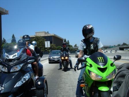 2 bro event zx , tony ride