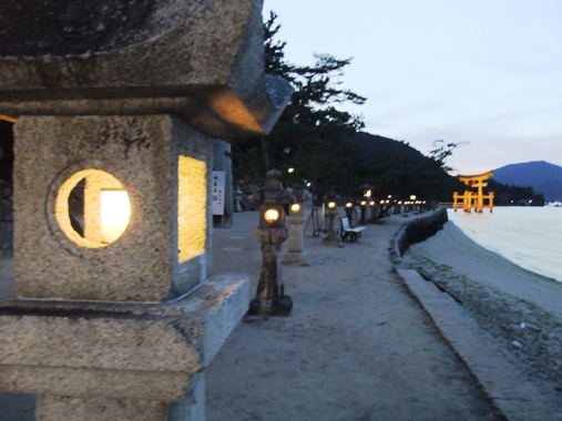 厳島 ライトアップ