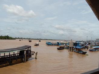 ベトナム旅行 メコン川1