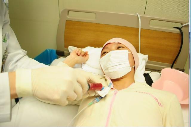 ぐろぐ。 臍帯血移植 Day0