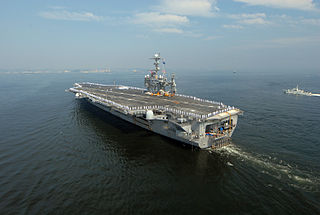 Flickr_-_Official_U_S__Navy_Imagery_-_USS_George_Washington_arrives_in_Yokosuka_.jpg