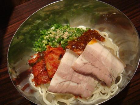とんがら木村ピビン麺201105