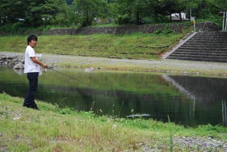 小管村 釣り