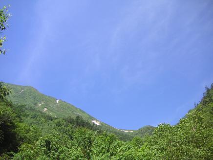 笠原沢から見上げる