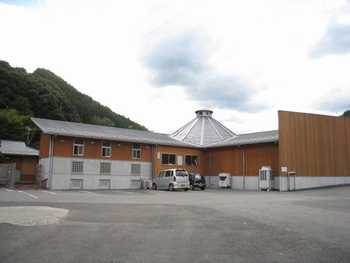 小田の郷 裏駐車場