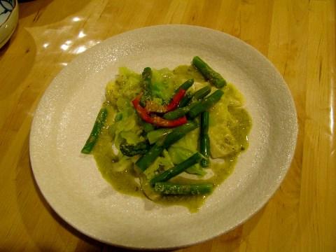 アスパラと春キャベツのサラダ