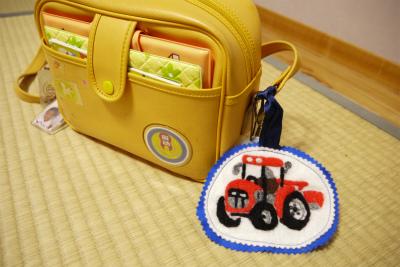 トラクター羊毛刺繍
