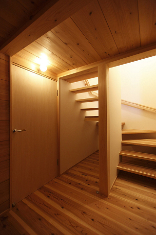 0668階段