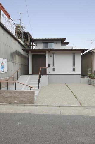 0675名古屋市昭和区「さざんかの咲く家」外観