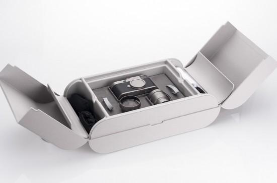 Leica-M-Edition-60-camera-unboxing-2-550x365.jpg