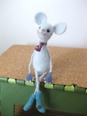 skinny mouse 1