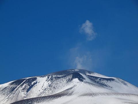 浅間山頂110203