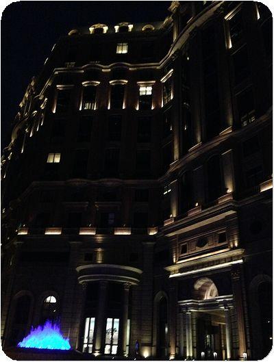 マンダリン台北玄関夜景