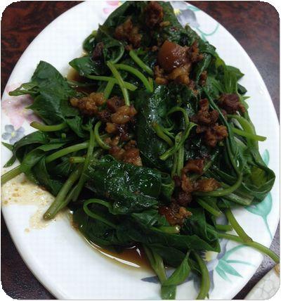 大眾牛肉麵野菜