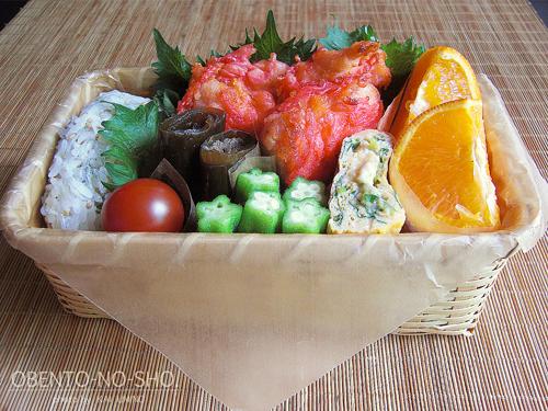 鶏の紅生姜天ぷらとしらすおむすび弁当02