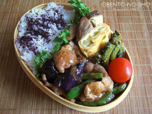 夏野菜と豚のピリ辛味噌炒め弁当01