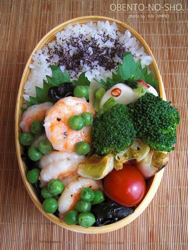 海老とグリーンピースの塩炒め弁当02