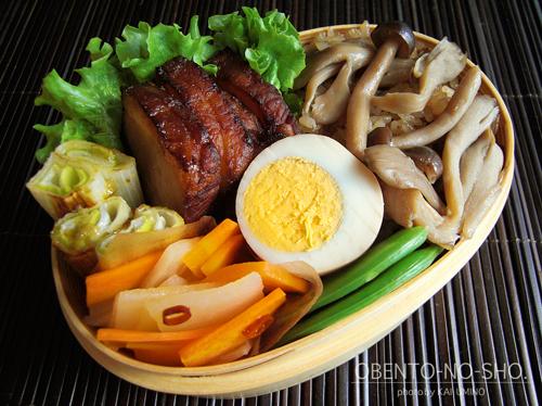 にこごりの茸炊き込みご飯弁当01