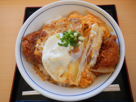 どんぶり屋どんちゃんカツ丼・天丼・ソースカツ丼が安い010